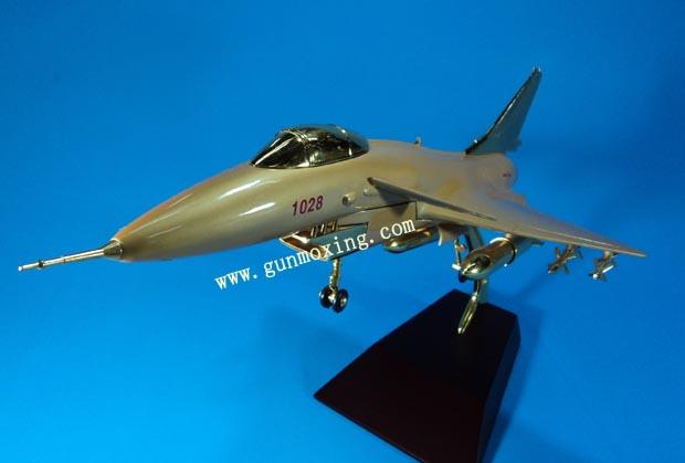 1:28歼十飞机模型